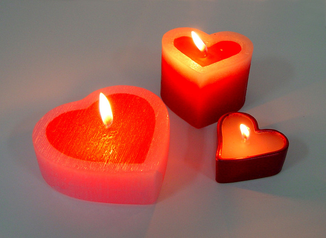anniversary gifts - candles for couples
